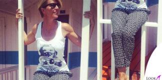 Ellen Hidding scarpe TipeETacchi pantalone Pinko tshirt BlackBelieve