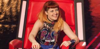 The Voice of Italy Noemi top Patrizia Peluso gonna Parosh