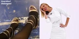 Alessia Marcuzzi a Le Iene con abito MSGM e sandali Gianvito Rossi posta i suoi piedi fetish